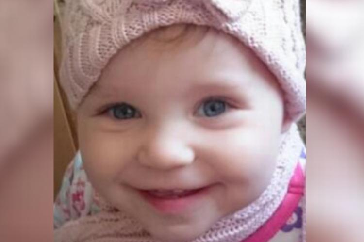 Dziewczynkę znaleziono martwą w łóżku matki. Badania toksykologiczne wykazały u niej wysoki poziom fentanylu. (fot. FB)
