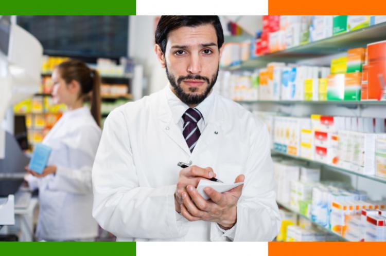 Jeśli lekarz zapisze w zielonej książeczce leki niezaaprobowane w danej chorobie przewlekłej, pacjent musi za nie zapłacić. (fot. Shutterstock)