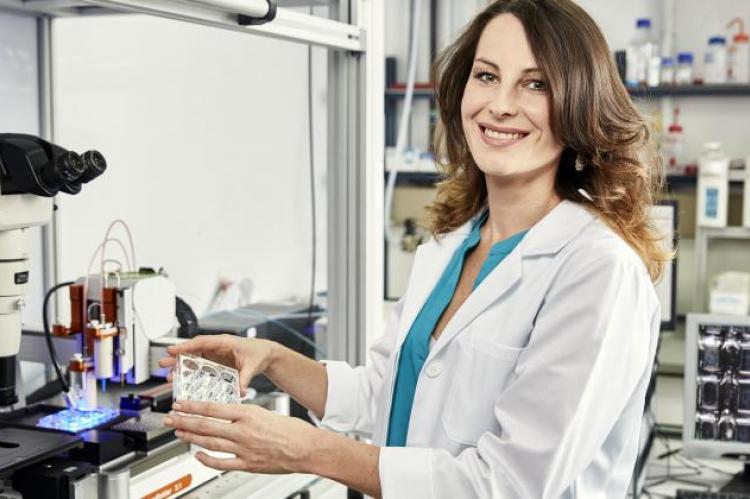 Dr Małgorzata Katarzyna Włodarczyk-Biegun. Źródło: Peter Böttcher/L'Oréal