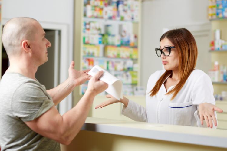 Leki pani Edyty kosztowały około 100 zł. Podobny problem dotyczy tysięcy polskich pacjentów (fot. Shutterstock)