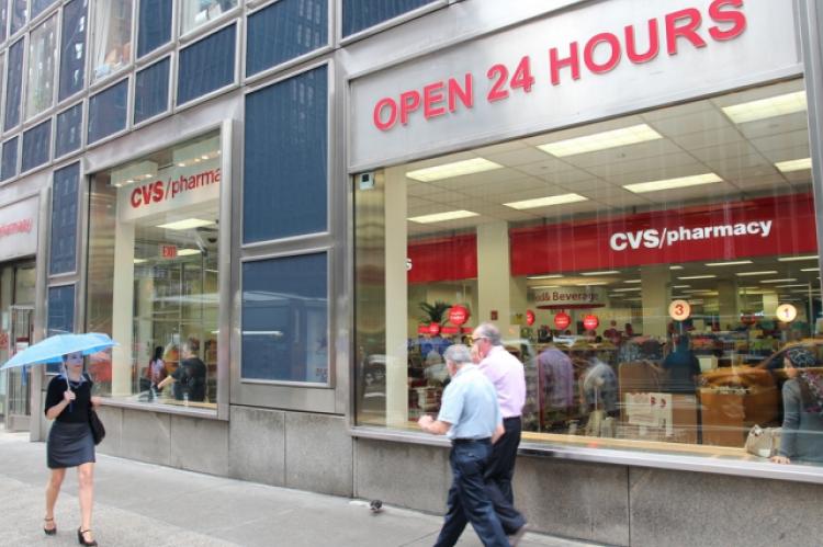 Ostatecznie firma CVS Health wydała oświadczenie, w którym przyznano, że aptekarz naruszył politykę firmy i już dla niej nie pracuje (fot. Shutterstock)