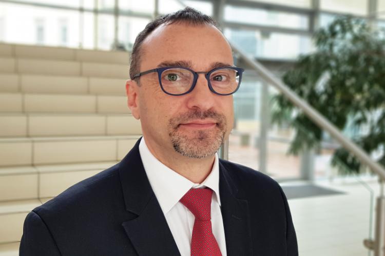 Marcin Czech zapewnia, że transparentne tworzenie norm prawnych oraz równe traktowanie partnerów społecznych, jest ważnym wyznacznikiem właściwej współpracy Ministerstwa Zdrowia z wszystkimi interesariuszami rynku farmaceutycznego (fot. MGR.FARM)