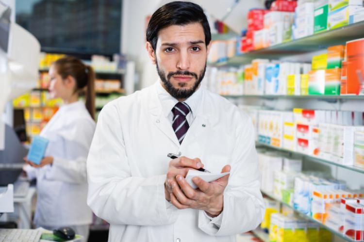 Wątpliwości w sprawie decyzji Urzędu Produktów Leczniczych wyraził Konsultant Krajowy w Dziedzinie Reumatologii oraz Komisja ds. Produktów Leczniczych (fot. Shutterstock)