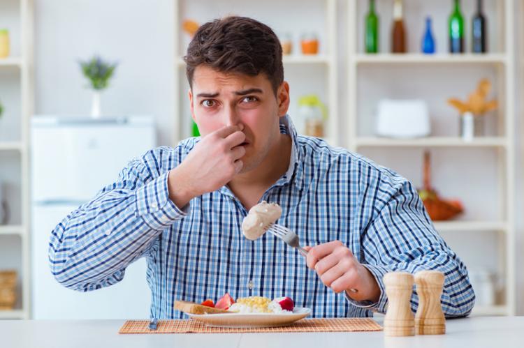 Niektóre leki stosowane w nadkwasocie żołądka zawierają glin, którego nadmiar w organizmie jest szkodliwy (fot. Shutterstock)