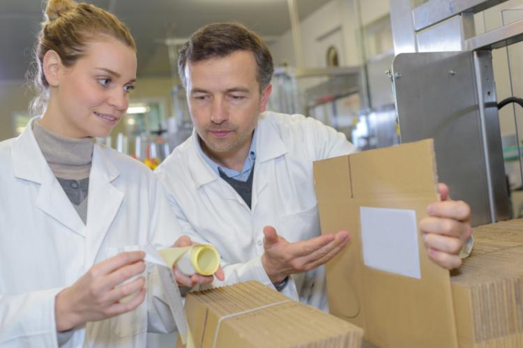 Zapowiedzi resortu zdrowia nie wzbudzają entuzjazmu farmaceutów. (fot. Shutterstock)