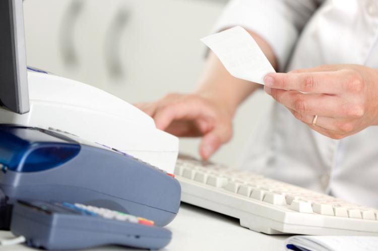 W przypadku braku paragonu, apteka ma oddać pacjentowi 100% jego wartości (fot. Shutterstock)