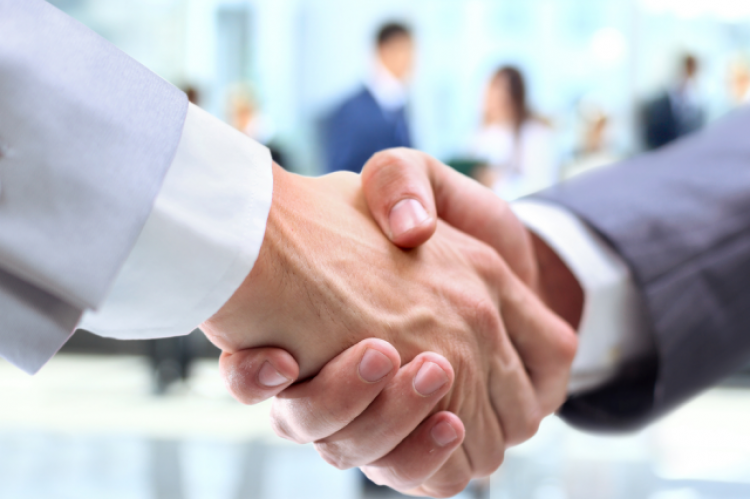 WSA uznał, że zaskarżone porozumienie nie jest aktem lub czynnością podjętą w indywidualnej sprawie, jak również nie jest skierowane do określonego podmiotu (fot. Shutterstock)