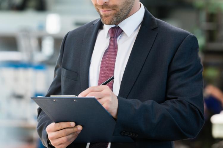 Zmiana ma na celu gwarancję unifikacji ocen podmiotów kontrolowanych, ale i ocen pracy kontrolerów. (fot. Shutterstock)