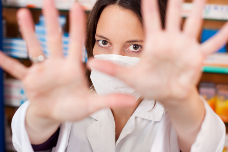 NIA apeluje o zaprzestanie działań związanych z likwidacją przymusu szczepień w Polsce. (fot. Shutterstock)