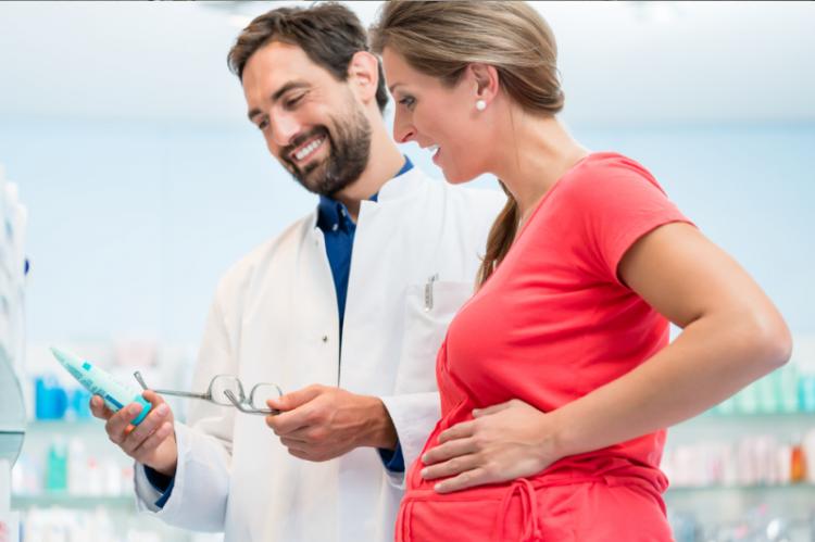 Nowe przeciwwskazania dotyczą kobiet w ciąży oraz w wieku rozrodczym (fot. Shutterstock)