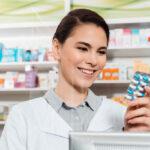 FIP: farmaceuci muszą dostać dostęp do narzędzi, by móc wspierać bezpieczeństwo pacjentów